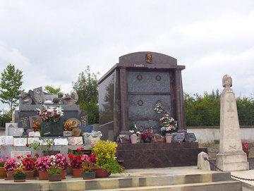 Réfection de monuments anciens à Castelnau-Picampeau