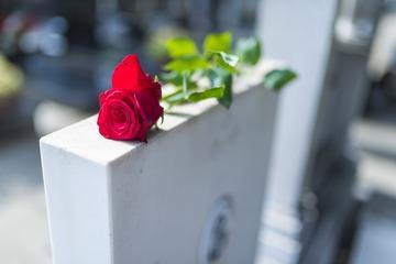 Souscrire un contrat de prévoyance obsèques à Castelnau-Picampeau